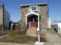 Water Front Opportunity - Minutes To The Bay! Main
