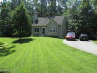 Beautiful home on a RARE to find.. 1 acre wooded lot!!!