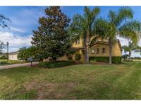 Beautiful 3 bed 2 bath with over 2200 Sq Ft in the