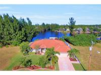 Gulf access 3/2 pool home. Huge, beautiful intersecting