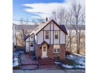 Location location location! Stunning st. Croix river &