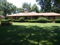 Wow! Another all brick ranch home in wing park manor;