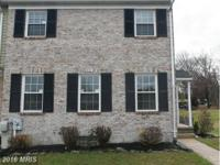 Immaculately Well Kept Large 3BR 2.5BA End of Group