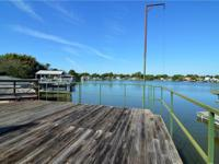 On the water & smashing inside and out, 3bd 2 b. With