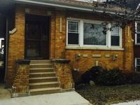 Very nice brick bungalow in desirable portage park