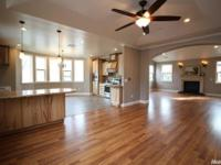 Gorgeous New Custom Home w/ 2116 sq ft, 3 bedrooms, 2