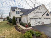 Immaculate 3BR, 2.5BA end-unit Patriot II on corner