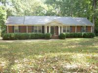 Great 4-sided brick home right in town. 3 Bed, 2 Bath