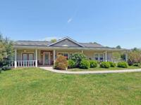 Wow, What A Ranch Traditional!!! 3BR/2BA, 2014 sq ft