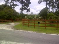 33 Acres with lot dimensions 1,123ft x 1,280ft