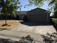 This 3Beds and 2Bath home has approximately 1400 square