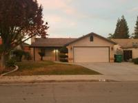 Great looking home, 3bd 2bath ready for new owner.