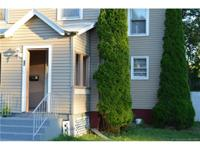 Nice Single Family home in in Hartford. 2 bedroom, 1