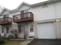 Must see this 3 bed & 2.1 bath 2 story thownhomes.