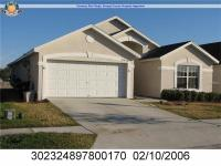 Beautiful home in Vista Lake Community. Tile in entire