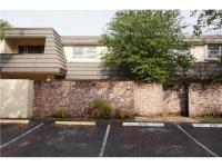 Back on market & ready to move in!Large spacious 3