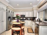 Model perfect in everyway! This 3 bedroom 2.5 bath