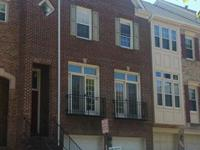 Remodeled townhome, Hardwood floor , Prime location, 2