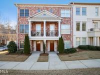 With easy access to 285, this townhome is a prime
