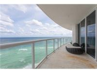 Direct oceanfront 3/3 1/2 baths + office/play area