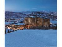 Three bedroom, 3.5 bath luxurious St. Regis Deer Valley