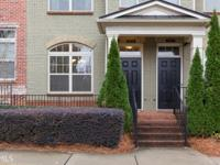 Amazing Sandy Springs Townhome in gated community,