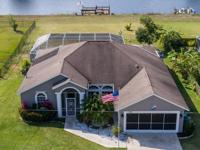 Lovely, Waterfront 3br, 3ba Cbs Pool Home Is Located On