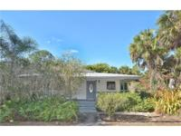 Very cute Golden Gate Estates home with an additional
