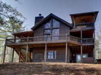Beautiful Upscale 3 Bedroom/3 Bath Log Sided Cabin.