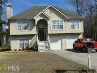 Great home with 3 Bedrooms/3 Full Baths. Hardwood