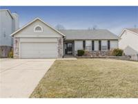 Gorgeous ranch, welcome home!Extremely well maintained
