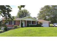 Wonderful 3+ acre sprawling Brick Ranch in Wildwood.