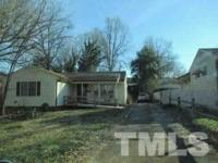Auction property. Listing agent does not guarantee