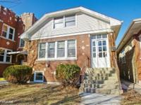 Very large 4 bd/3ba home in great Portage Park