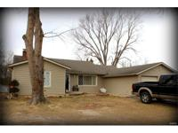 This home is located in a prime location!!!!!! 2