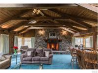 Vermont in Newtown: Do you love soaring ceilings,