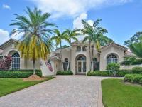 Former Kolter Model Home In Spyglass. This 3bd, 3.5ba