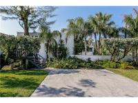 Wonderful location on Key Biscayne, 10,279 sq ft corner