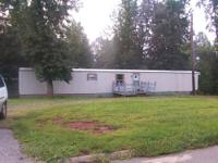 --close to springfield , 3 bedroom, 14 x 72 1985