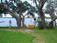 BOGGY BAYOU WATERFRONT HOME! Enjoy Breathtaking