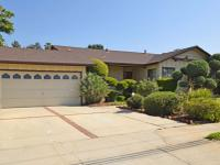Great single story home in northern Glendora within the