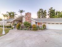 Beautiful remodeled/updated home in Via Verde. Double