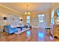 Showstopper in the heart of Lakeview! This Cottage