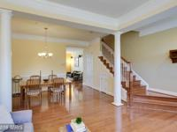 Large Madison townhome on quiet but convenient street