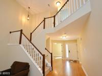 Beautiful North Reston Townhome. No detail spared. Wood