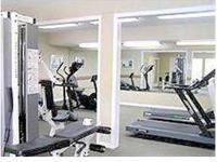 Fully Equipped Fitness Center open 24/7, Gas