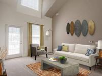 Smoke-Free, Walk-In Closets, Large kitchens with modern