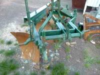 3 Point hitch John Deere Plow 3 bottom 16 inch rebuilt,