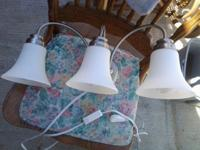 Beautiful 3 light interior light fixture, very nice