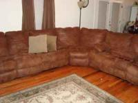 Newer reclining sectional couch. Only 1-1/2 yrs old